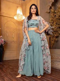 Party Wear Indian Dresses, Designer Party Wear Dresses, Indian Gowns Dresses, Indian Bridal Outfits, Kurti Designs Party Wear, Indian Fashion Dresses, Dress Indian Style, Indian Designer Outfits, Indian Skirt
