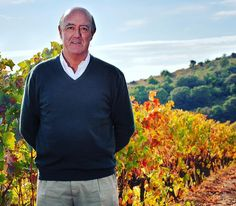 Julian Chivite president of J. Chivite Family Estates oversees the production of Spanish wines offered under the Chivite labels of Collection 125 Finca de Vittatuerta and Las Fincas. According to Quench contributor and wine taster @thegrapeguy Syrah is making a come back. He includes Chivites Finca de Villatuerta Syrah 2011 in his notes writing: Another single-varietal Syrah from Spain this time from a single vineyard: smooth and silky with black fruit nice acidity and gentle spice…