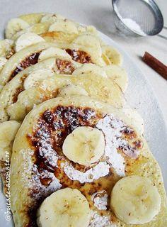 Pancakes cu banane (4) Pancakes, Baby Food Recipes, Camembert Cheese, French Toast, Breakfast, Banana, Recipes For Baby Food, Morning Coffee, Pancake