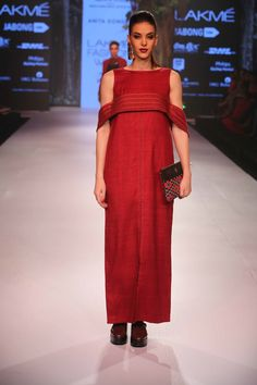 Lakmé Fashion Week – ANITA DONGRE GRASSROOT AT LFW WF 2015 Anita Dongre, Lakme Fashion Week, Varanasi, Cotton Tunics, Formal Dresses, Indian Designers, Mirror Work, Beauty, Dresses For Formal