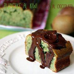 Plumcake al kiwi con salsa al cioccolato fondente: una ricetta nuova e stuzzicante che ho provato per voi proprio in questi giorni!
