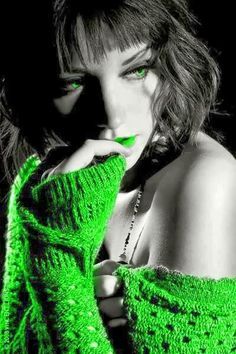 LOVE this GREEN =}=}