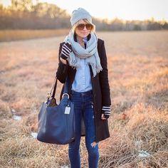 GiGi New York   s e e r s u c k e r + s a d d l e s Fashion Blog   Ellen Navy Bag
