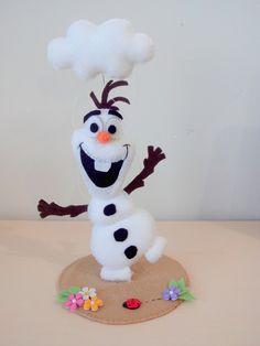 Olaf em feltro para enfeite de mesa ou topo de bolo.  Tamanho aproximado de 17cm.  Consulte agenda.