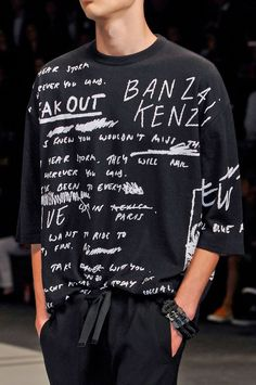 Become A Famous Fashion Designer