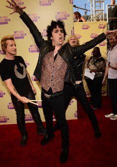 Green Day, lol I love u Billie Joe! <3 OMG Tre's leather pants!