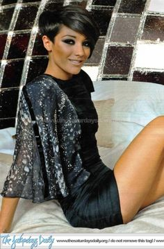 Frankie Sandford Hair | Fans Share