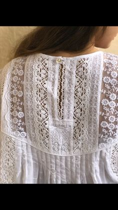 Lace Outfit, Lace Dress, Grandma Clothes, Elisa Cavaletti, Sewing Blouses, Boho Fashion, Fashion Outfits, Make Your Own Clothes, Linens And Lace