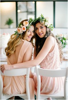A beautiful styled bridal shoot // www.laceinthedesert.com