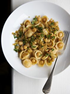 Chickpeas Terra E Mar are a perfect quick weeknight dinner. Full recipe: http://www.scribd.com/doc/179647012/Canal-House-Cooking-Vol-No-8-Pronto-Excerpt