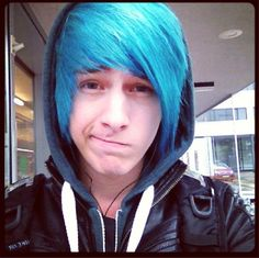 boy with blue hair tumblr - photo #44