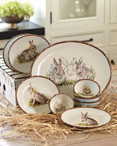 If I had the room, I would have different dishes for just about every holiday or season.  Love these bunnies!