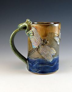 Large Pottery Ceramic Coffee Mug Tea Cup with Frog and Dragonfly - 451