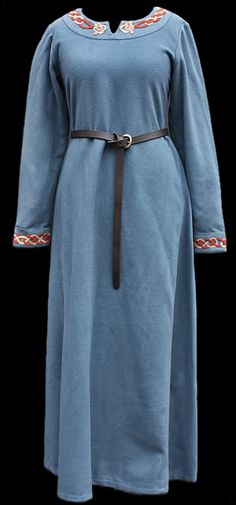 Wool Viking coat in blue.