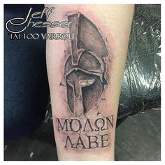 Spartan Hemet Molon Labe Stone Tattoo Hand Tattoos, Schulterpanzer Tattoo, Patriotische Tattoos, Stone Tattoo, Knuckle Tattoos, Body Art Tattoos, Tattoos For Guys, Molon Labe Tattoo, Warrior Tattoos