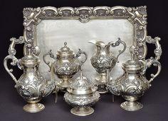 Serviço para chá e café, prata provavelmente portuguesa..