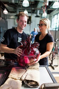 GlassLab designer Sigga Heimis and Museum glassmaker Eric Meek created an oversized glass heart for an upcoming show in Stockholm by Corning...