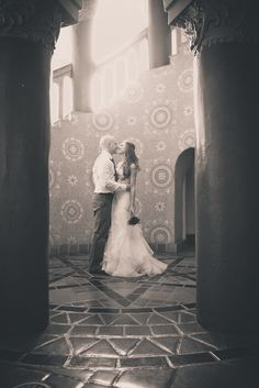 santa barbara courthouse wedding | The place and picture are beautiful