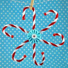 pipe cleaner gift topper