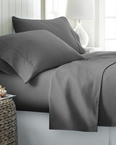 Empire Home Flat Sheet Persian Collection 1800 Wrinkle Free New Slate Blue, Twin