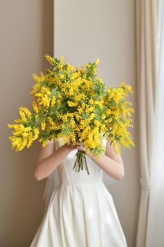 Love Flowers, Yellow Flowers, Beautiful Flowers, Yellow Wedding, Wedding Colors, Wedding Bouquets, Wedding Flowers, Wedding Dresses, Blossom Garden