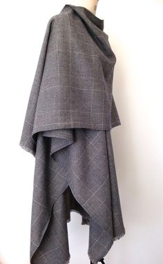 Poncho - Prince of Wales Checked Wool Cape for Men - Large Oversized Mens Poncho…