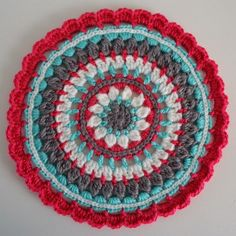 Dinki Dots Craft: Mandala Madness!  Start with Little Spring and add 4 rows after row 7, then finish with 8 and 9 from Little Spring.