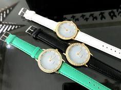 Fekete köves különleges ékszer óra Dobd fel ruhatáradat egy trendi órával 🙂  Fém óratok, quartz szerkezet  Szíj hossza kb. 22cm, szélessége kb 2cm  Az esetleges Kronográf mutatók csak díszítő elemek Rose Gold, Watches, Accessories, Mint, Wristwatches, Clocks, Jewelry Accessories