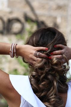 Tips for Buying Jewelry Online Buy Jewellery Online, Jewelry Stores, Jewelry Design, Dreadlocks, Hair Styles, Tips, Blog, Stuff To Buy, Beauty