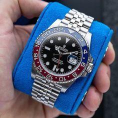 Sport Watches, Cool Watches, Rolex Watches, Dream Watches, Rolex Boutique, Rolex Gmt Master 2, Monochrome Watches, Stainless Steel Rolex, Breitling Chronomat