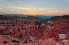 Bryce Canyon Sunrise: Daybreak at Bryce Canyon National Park is worth the effort. The sun rises above the Vermillion Cliffs and across the Grand Staircase, warming the colorful Bryce Amphitheater.