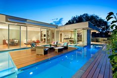 Canterbury House with a Gorgeous Pool by Canny Architects - Wave Avenue  courtyard pool