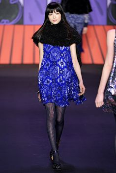 Anna Sui Fall 2011 Ready-to-Wear Fashion Show - Fei Fei Sun
