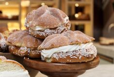 Pan Dulce, Cute Food, Halloween Treats, Hamburger, Ale, Bread, Dinner, Breakfast, Desserts