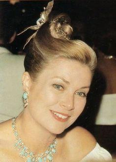 Grace Kelly,a fairytale´s princess. — graciemonaco: La Princesse Grace de Monaco
