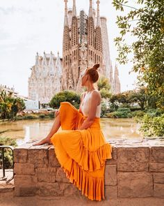 Alexis May, Barcelona, Shoulder Dress, Feelings, Fall, Inspiration, Instagram, Travel, Ideas