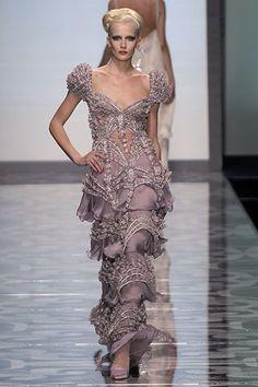 Valentino Fall 2007 Couture Fashion Show - Katia Kokoreva