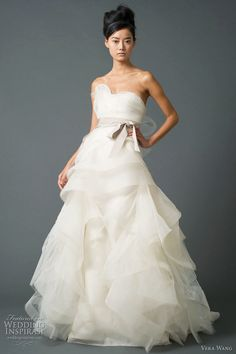 vera wang wedding gowns -- Vera Wang Wedding Dresses Fall 2011 Bridal Collection