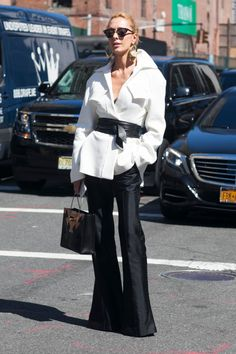 Stylist Elina Halimi in Ellery jacket, pants and Balenciaga bag. Balenciaga Le Dix, Nyfw Street Style, Street Fashion, White Outfits, Online Clothing Stores, Top Knot, Front Row, Women Wear, Style Inspiration