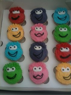 Club penguin puffles cupcakes by Kelscupcakes, via Flickr