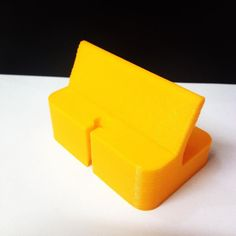 Something we liked from Instagram! #3dprinted #iphone 5s #dock made in #egypt #3dprint #3dprinting #prusai3 #reprap #3dprinter #thingiverse #phone #mobile #apple by mohamdio check us out: http://bit.ly/1KyLetq