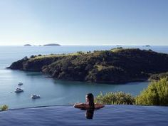 Waiheke Island& sheltered beaches, emerald bays and two dozen boutique wineries has many vacationers bypassing Auckland altogether. Delamore Lodge& infinity pool is a particularly romantic sunset lookout spot. Romantic Destinations, Travel Destinations, Waiheke Island, Lonely Planet, Day Trips, Travel Inspiration, Travel Ideas, Places To See, Around The Worlds