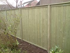 tongue and grrove panels - but with a trellis top.