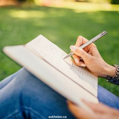 7 Tips Langkah Awal Buat Kamu yang Lagi Belajar Menulis Writing Skills, Essay Writing, Writing Tips, Writing Prompts, Improve Writing, Script Writing, Academic Writing, Fiction Writing, Start Writing