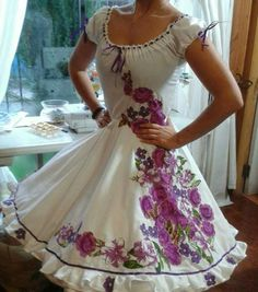 Pretty Dresses, Beautiful Dresses, Traditional Mexican Dress, Ruffle Swimsuit, Mexican Dresses, Dance Outfits, Dress Collection, Passion For Fashion, Vintage Outfits