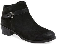 a8196cf945f 7 Best fashion images | Uggs, Bootie boots, Mid calf boots