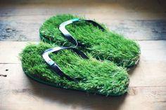 Unisex Grass Flip Flops - We Are Kings