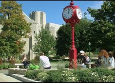 Unigo: Top 10 Colleges for Budding Entrepreneurs.. Indiana makes the list!  :) #hoosiers