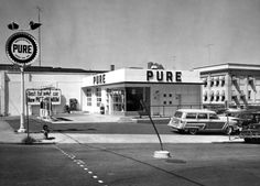 1950s Gas Station