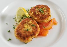 Crab Cakes are a delicious appetizer in the Grand Dining Room! #jekyllisland www.jekyllclub.com